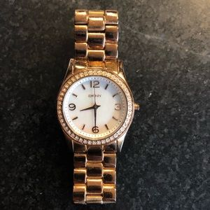 DKYN METAL WATCH (gold color)